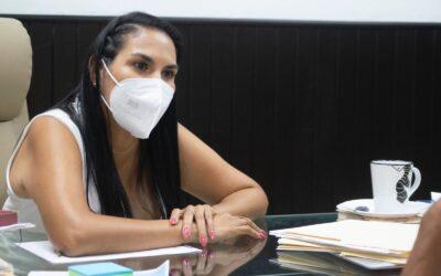 Ofrece Mirtha Villalvazo viernes de audiencia pública